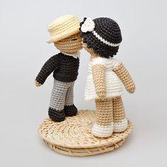 Kissing dolls amigurumi crochet pattern by StuffTheBody