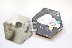 Big Shot, Mini Scrapbook Albums, Mini Albums, Scrapbooks, Cover, Creative Crafts, Old Pictures, Photograph Album, Kawaii