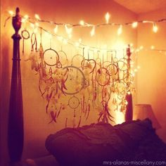bedroom dreamcatchers, fairy lights