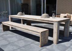 Tafel complete set incl. 2 banken van steigerhout blokpoten onder blad  (22131529)