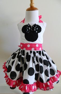 Girls Custom Boutique Minnie Mouse Twirl Skirt by FunUpTownGirls. $32.00, via Etsy.