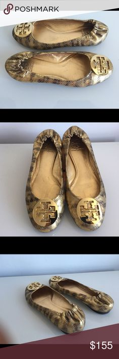 TORY BURCH REVA BALLET FLAT GOLD METALLIC, SIZE 9 TORY BURCH REVA BALLET FLAT GOLD METALLIC WITH GOLD METAL, SIZE 9, NO SIGNS OF WEAR ABOVE SOLES, GENTLY USED IN EXCELLENT CONDITION Tory Burch Shoes Flats & Loafers