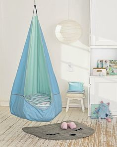 Hanging cave for children- Hängehöhle für Kinder Swing, hammock and cave in one? Yes exactly! The hanging cave from Westfalenstoffe AG makes small children's hearts happy. The free sewing pattern is a very special sewing idea… Read more - Sewing Patterns For Kids, Sewing For Kids, Free Sewing, Diy For Kids, Pattern Sewing, Sewing Ideas, Nursery Room, Baby Room, Room Hammock