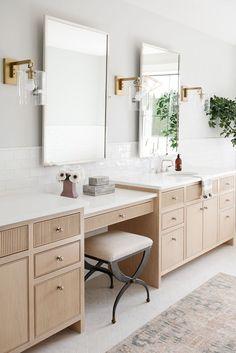 Nov 28, 2020 - Tour the second half of our Seattle Project! Bathroom Design Inspiration, Bathroom Interior Design, Home Interior, Design Ideas, Interior Livingroom, Interior Modern, Master Bedroom Bathroom, Bathroom Renos, Bathroom Ideas