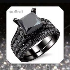 Black On Black Women's Wedding Band Set Bridal Ring Sets, Wedding Band Sets, Womens Wedding Bands, Bridal Rings, Wedding Rings, Black Diamond Wedding Sets, Recycled Bride, Stone Weight, Black Gold