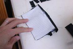 コインキーケースの作り方[型紙無料ダウロード] | ひらめき工作室 Sewing, Diy And Crafts, Bag, Index Cards, Japanese Language, Objects, Dressmaking, Couture, Stitching