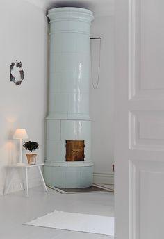 kakkelovn lovin (a better bedroom fireplace)