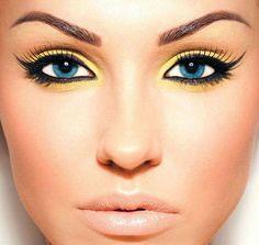 Pretty eyeshadow for blue eyes :)