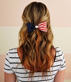 4th of July hair bow from PrettyAsPossible on Etsy <3