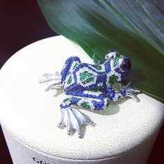 Sapphire, diamond & emerald frog pin.