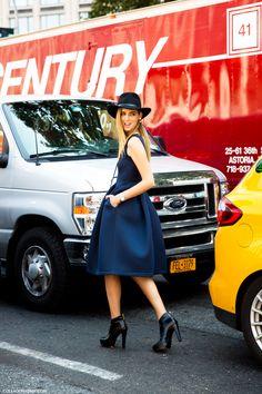 NYFW-New_York_Fashion_Week_Spring_Summer_2014-Street_Style-Say_Cheese-Collage_Vintage-Chiara_Ferragnie-Earcuff-Hat-Fedora-1.jpg (790×1185)