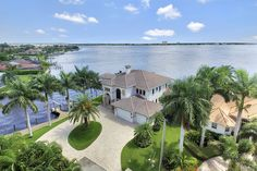 PRICE REDUCTION Don't miss the chance to live in this spacious 4 bedroom/4.5 bath Estate on the river. Spanning Riverfront views set the backdrop for every luxe detail in this 4,479 square foot masterpiece. Glorious sunrises and zero-transition indoor & outdoor living spaces throughout invite you to savor Southwest Florida living at its finest. Visit our website for further information!