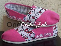 Hello Kitty Toms