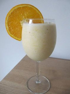 Creamsicle-Inspired Smoothie: Missing the old-school ice cream trucks in your neighborhood? No need to be blue! You can bring a Summer classic to your table at home in this healthy orange creamsicle smoothie recipe.