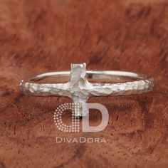 Cross ring Hammered in silver or solid gold DHR104 by DIVADORA