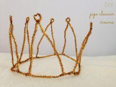 Pipe Cleaner Crowns http://lovelylittledays.blogspot.ca/2014/01/pipe-cleaner-crowns.html