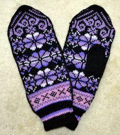 Norwegian Scandinavian hand crafted 100 Wool by NordicStarStudio, $26.00