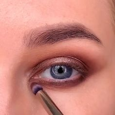 eyeshadow natural tutorial step by step ~ eyeshadow natural tutorial ; eyeshadow natural tutorial step by step ; Deep Set Eyes Makeup, Gold Eye Makeup, Eye Makeup Steps, Eye Makeup Art, Skin Makeup, Eyeshadow Makeup, Natural Eyeshadow, Makeup For Small Eyelids, Makeup For Almond Eyes