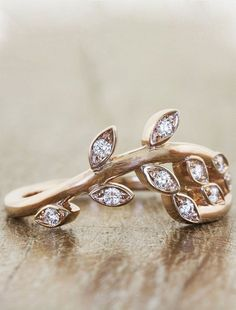 """Sasha"" Wedding Ring ~ we ❤ this! moncheribridals.com"
