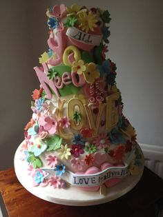 Traditional and Contemporary hand made to order Wedding Cakes together with hand made sugar decorations. See examples of their Wedding Cakes here. Gorgeous Cakes, Pretty Cakes, Cute Cakes, Amazing Cakes, Take The Cake, Love Cake, Hippie Cake, Pastel Cakes, Wedding Cake Inspiration