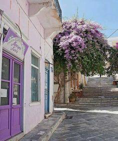 Beautiful Greek Island of Syros in Aegean sea. Mykonos, Cyclades Greece, Santorini Greece, Beautiful World, Beautiful Places, Places To Travel, Places To Visit, Greece Islands, Paros
