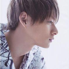 画像に含まれている可能性があるもの:1人以上、クローズアップ Idol, Prince, Hair Beauty, King, Actors, Face, Style, Yamamoto, Sunday