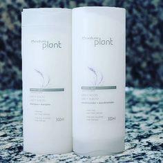Oieee Genteeeee!!! Saiu resenha do shampoo e condicionador da linha Liso e Solto da Natura Plant. Amooo esse produto e vim contar para vocês o que achei dele. Espero que gostem!!! #natura #naturaplant #lisoesolto #cabelos #cabeloslisos #naturacabelos #blog #resenha #hair #beleza #beauty