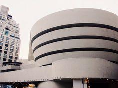 "Gefällt 1,203 Mal, 7 Kommentare - CAMERON DAVIS (@camsjournal) auf Instagram: ""Guggenheim. 🗽 #architecture"" Chrysler Building, Living Styles, New York City, Design Art, Architecture, Instagram Posts, Travel, Inspiration, Image"