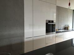 Anstelle Fliesenspiegel ein fugenloser Putz in Betonoptik | Küche ...