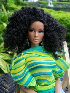Barbie for my baby! African Dolls, African American Dolls, Beautiful Barbie Dolls, Pretty Dolls, Diva Dolls, Dolls Dolls, Pelo Natural, Barbie Collection, Barbie Friends