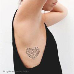 Tatuaggio temporaneo di cuore Temporary Tattoo T296 di TatiToo