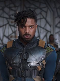 Killmonger Michael B Jordan Hair Black Panther Locs Black Panther Marvel, Black Panther Villain, Black Panther Character, Michael B Jordan, New Superhero Movies, Marvel Movies, Marvel Villains, Marvel Characters, Fictional Characters