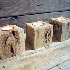 Wooden tea light holder  avec des cubes récupérés sur des palettes