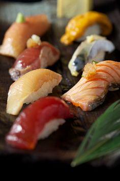 Sushi, the one thing I could eat all day, every day! Sushi Love, My Sushi, Sushi Recipes, Asian Recipes, Ethnic Recipes, Tapas, Japanese Food Sushi, Sashimi Sushi, Food Porn