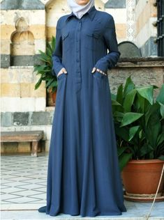 SHUKR's long dresses and abayas are the ultimate in Islamic fashion. Abaya Fashion, Modest Fashion, Fashion Dresses, Muslim Women Fashion, Islamic Fashion, Modest Dresses, Modest Outfits, Mode Abaya, Abaya Designs