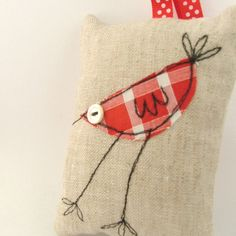 how fun is this scent bag? Love the bird - though I think shorter legs would look good - so that it would look like a hen!