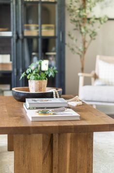 Styling a Small Coffee Table + Full Room Makeover Reveal Small Coffee Table, Coffee Table Styling, Home Decor Inspiration, Decor Ideas, Formal Living Rooms, Interior Design, Creative, Furniture, Style