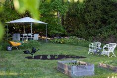 Vihreä talo: Pihalla toukokuussa