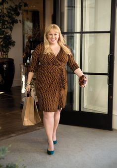 Lucky Mag: Rebel Wilson's Fashion - This is a great color on her!  Would look good on Lucy