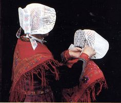 Albiez FolkCostume&Embroidery: Costume of the Arvan valley, Savoy, France