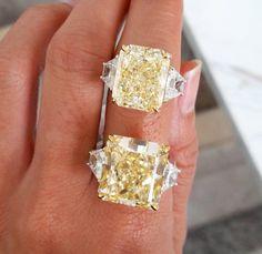 where the diamonds inspires the design Bold Jewelry, Royal Jewelry, Fine Jewelry, Jewelry Accessories, Earring Trends, Jewelry Trends, Yellow Diamonds, Summer Jewelry, Vintage Diamond