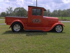 Ford Closed Cab pickup pics Wanted Old Ford Pickup Truck, Old Ford Pickups, Hot Rod Pickup, Lifted Ford Trucks, Hot Rod Trucks, New Trucks, Custom Trucks, Classic Trucks, Classic Cars