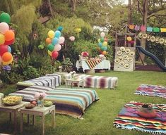 Backyard party seating couch New Ideas - Backyard party seating couch New Ideas Source by joicehnrosselle - Backyard Birthday Parties, Garden Birthday, 18th Birthday Party, Garden Parties, 50th Party, Hippie Birthday Party, Bohemian Party Decorations, Mexican Party Decorations, Garden Party Decorations