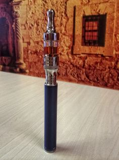 My current travel pen.  Kangertech: Evod2 Kangertech: Aerotank2  This is a great device for on the go vaping.