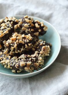 Healthy snicker dates