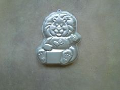 "Lion ""Care Bear"" Wilton Character Pan"