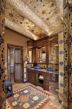 The Luminaria House is a magnificent endeavor from designer and importer, Ira Seret, and mosaic artist, Sylvia Seret. This spacious two bedroom home encompasses 2,000 square feet of pure opulence. The house boasts five fireplaces, inside and out, two patios and two decks. #SantaFe #FiveGraces #RelaisChateaux