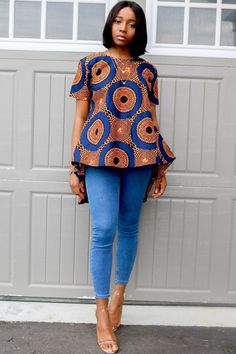 African Wear Dresses, African Attire, African Print Fashion, Africa Fashion, African Tops For Women, African Wear Designs, Ankara Peplum Tops, African Blouses, African Traditional Dresses