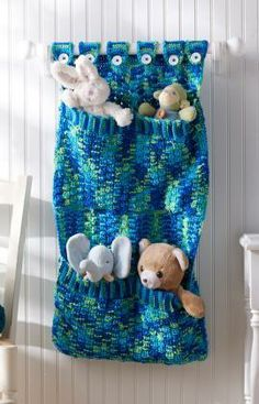 Toy Pocket Wall Hanging Free Crochet Pattern from Red Heart Yarns
