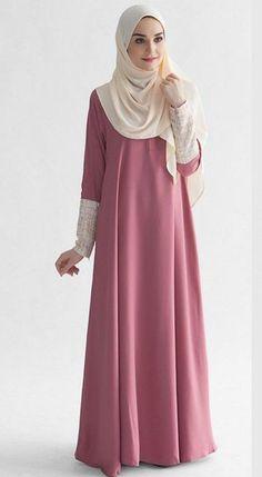 Hijab Designs - Hijab Style - Arabic Hijab Fashion is basically Muslim\'s dress and Non-Muslim and emo girls have starts dressing like nuns. Abaya Fashion, Modest Fashion, Fashion Outfits, Mode Abaya, Mode Hijab, Moslem Fashion, Abaya Designs, Muslim Dress, Islamic Fashion
